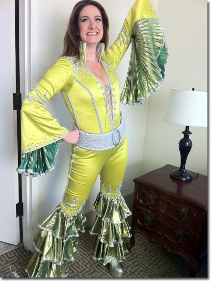 Jennifer Swiderski as Donna