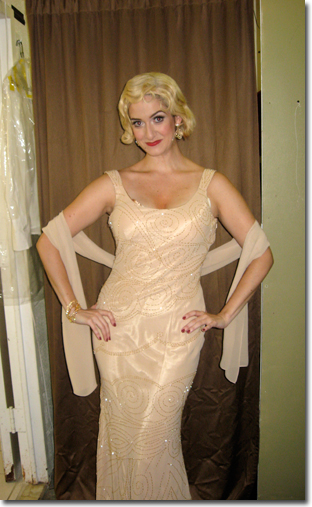 Jennifer Swiderski as Mae West in Scandalous People